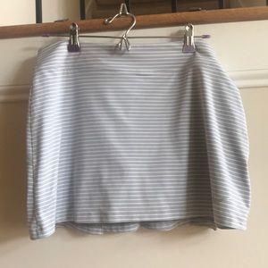Nike Golf 🏌️♀️ Skirt gray white stripes Medium